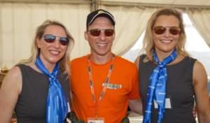 Mike wearing Strato 0150 alongside the Bigatmo girls, both wearing Tropo